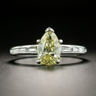 1.01 Carat Natural Fancy Yellow Pear-Cut Diamond Engagement Ring - GIA - 1