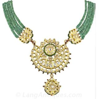 14.50 Carats Rose-Cut Diamond, Emerald and Enamel Mughal Necklace - 1