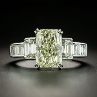 3.71 Carat Radiant Diamond And Baguette Diamond Ring - 1