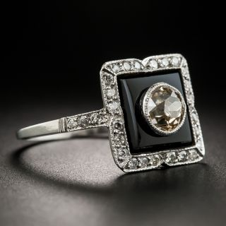 Art Deco 1.00 Carat Diamond Onyx Platinum Ring