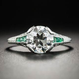 Art Deco 1.95 Carats Diamond Platinum Engagement Ring With Calibre Emeralds - GIA I VS2  - 2