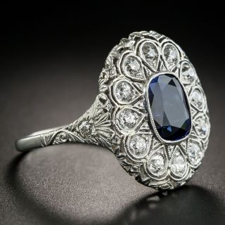 Art Deco 2.30 Carats Natural Ceylon Sapphire Platinum Diamond Ring
