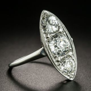 Art Deco 2.35 Carats Three-Stone Diamond Dinner Ring