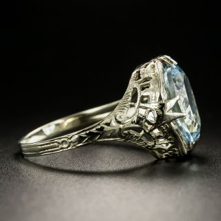 Art Deco 2.50 Carat Aquamarine Filigree Ring