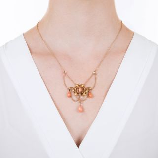 Art Nouveau Coral Lavalière Necklace
