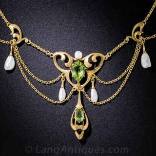 Art Nouveau Peridot and Freshwater Pearl Swag Necklace - 1