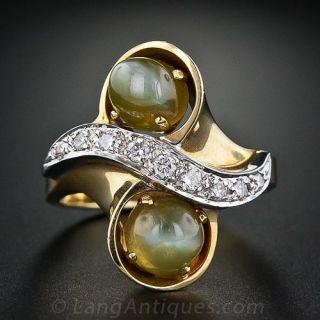 Cats Eye Chrysoberyl and Diamond Ring