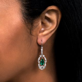 Art Deco Colombian Emerald and Diamond Dangle Earrings