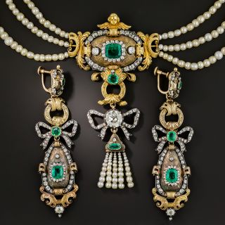 Early-19th Century Emerald Diamond Natural Pearl Necklace and Earrings - 2