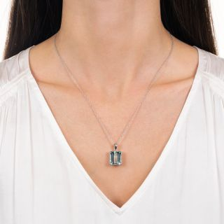 Estate 12.44 Carat Aquamarine Soliatire Necklace