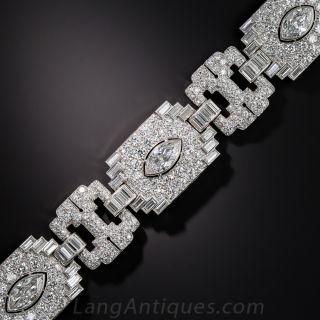 Exceptional Art Deco Platinum and Diamond Bracelet