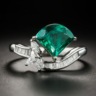 Fan-Shaped 1.68 Carat Emerald and Diamond Ring - 1