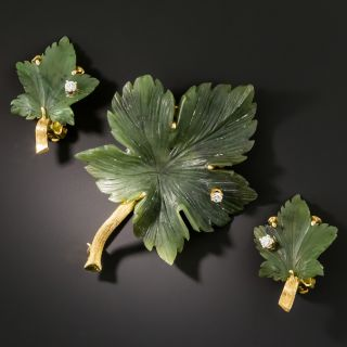 Mid-Century Nephrite Jade Leaf and Diamond Earring and Brooch Set - 2