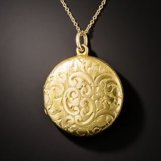 Victorian Round Engraved Double Locket - 3