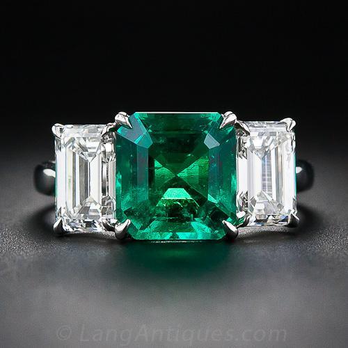 Fine 2 75 Carat Emerald And Diamond Platinum Ring