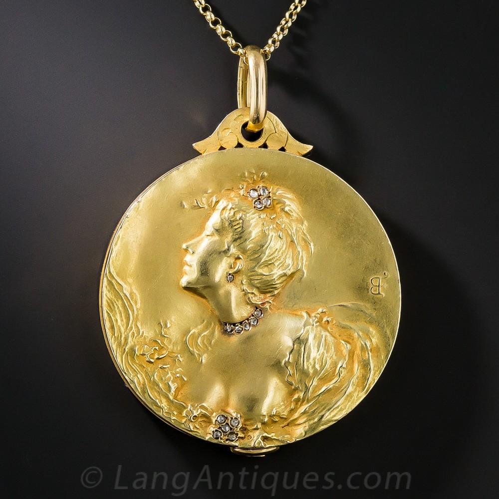 18k French Art Nouveau Locket