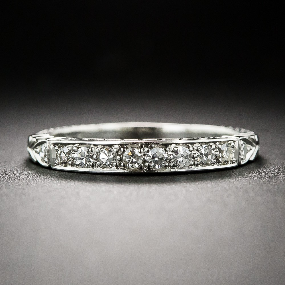 Art Deco-Style Diamond Wedding Band
