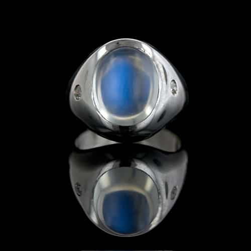 Adularescence Moonstone ring.jpg