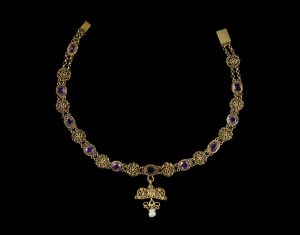 Amethyst and Gilt Cannetille Necklace. c.1800-1850.