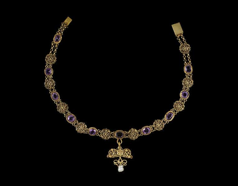 Amethyst Cannetille necklace.jpg