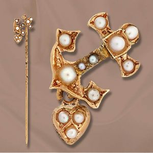 Seed Pearl and Gold Anchor Stickpin.