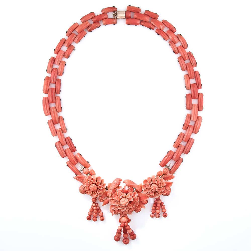 Antique Carved Coral Necklace2.jpg