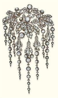 Antique_Diamond_Brooch_En_pampille