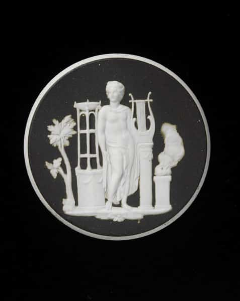Apollo Wedgewood Cameo.jpg