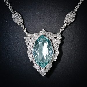 Art Deco Aquamarine and Diamond Pendant Necklace.