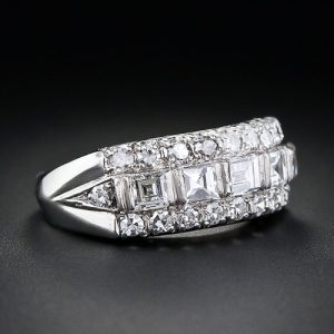 Art Deco Diamond Band Ring in Platinum.
