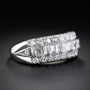 Art Deco Diamond Band Ring in Platinum.
