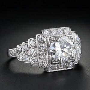 1.45 Carat Art Deco Diamond Engagemement Ring.