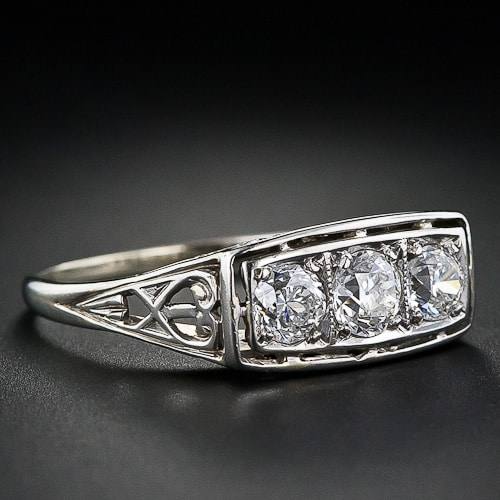 Art Deco Diamond Ring la 3954.jpg