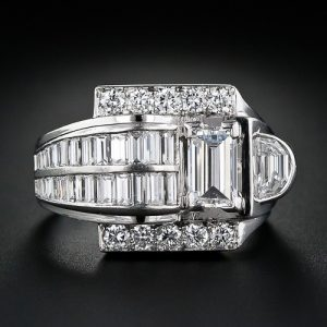 Art Deco Platinum Diamond Ring.