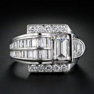 Art Deco Platinum Diamond Ring.