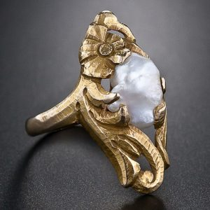 Art Nouveau Freshwater Pearl Ring.