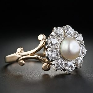 Button Pearl Ring.