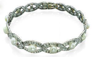 Chaumet Diamond and Pearl Collier de Chien, c.1905.