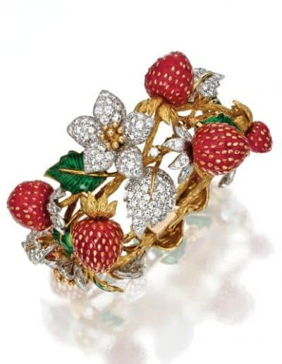 Claflin_Diamond,_Coral_and_Enamel_Strawberry_Bracelet