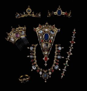 Devonshire Parure Incorporating Eighty-Eight Antique Gems from the Duke of Devonsires Collection, Attributed to Hancock c.1855.