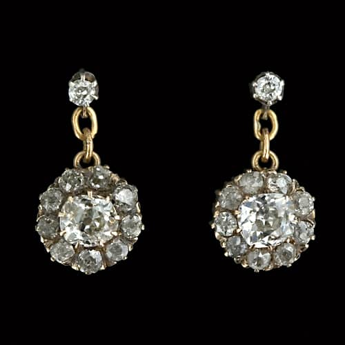 Diamond stud earring.jpg