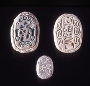 Middle Kingdom Scarab Seal in Steatite. © Trustees of the British Museum.
