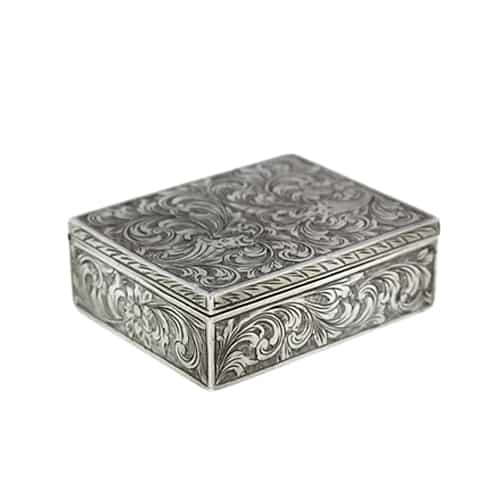 Engraved Silver Compact 1194.jpg