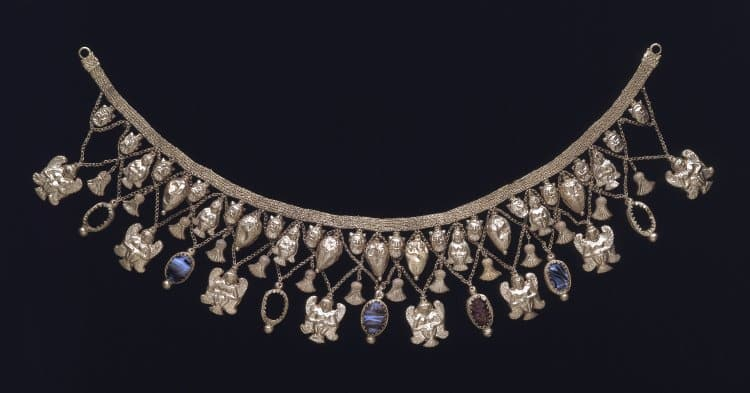 Etruscan Festoon Necklace.jpg