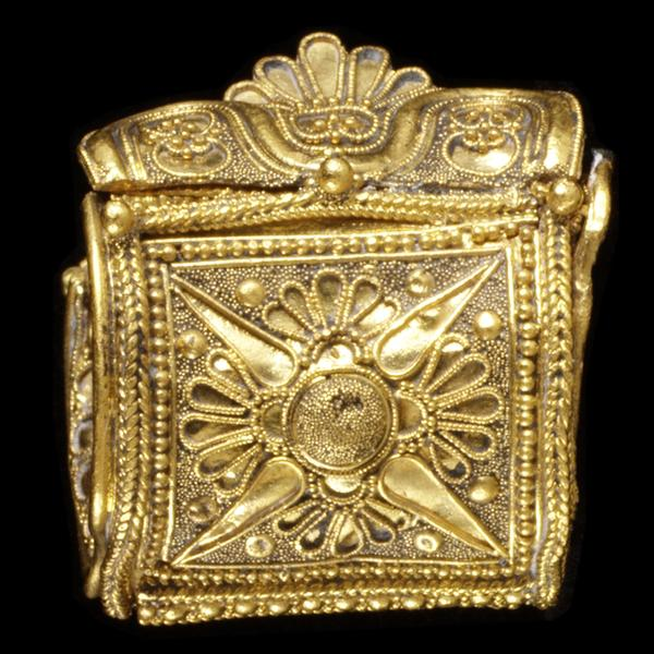 Etruscan Jewelry