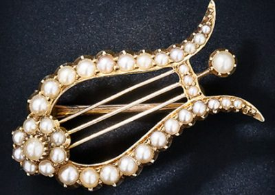 Fichu_Victorian_Pearl_Lyre