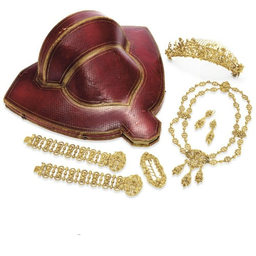 Georgian Gold Parure with Fitted Box. Photo Courtesy of Christie's.