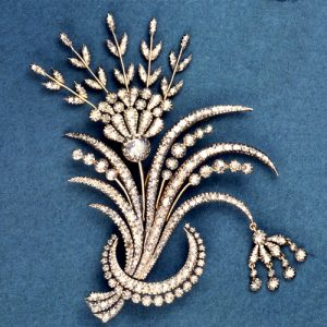 Aigrette in the Form of Crescent with a Trembler Spray of Flowers. Silver and Gold with a Closed-Back and Set with Diamonds. 1770 (circa) © Trustees of the British Museum.