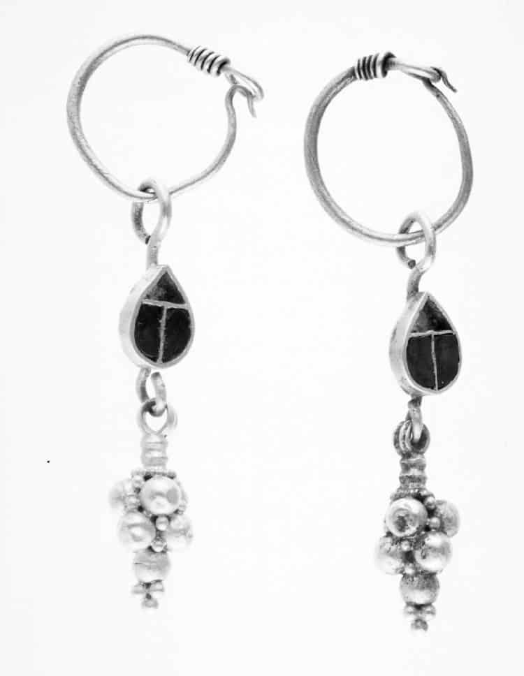 Grape Cluster Drop Earrings.jpg