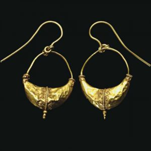 Boat/Leech Form Earrings with Applied Wirework and Granulated Tendrils, c. late 4th Century B.C., Greece